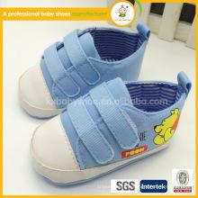 Fabricants ningbo vente chaude belle motif OEM toile chaussures de sport pour enfants