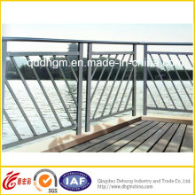 Iron Fence/Iron Fencing/Balcony Railings/Iron Guardrail/Fence Gate/Fence Panel/Garden Fence