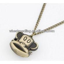Neue Art und Weise Retro- Bronzen schnitzen Halsketten-Taschen-Uhr 11032963