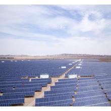 Estação de energia terrestre comercial fotovoltaica solar