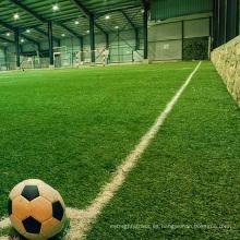 El cricket de alta calidad se divierte el césped artificial del campo de fútbol del patio para la venta