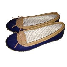 Плоские туфли на каблуках