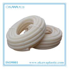 Weißer PVC-Wellrohrschlauch