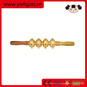 massageador de madeira como um pau