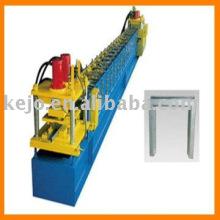 Máquina de formação de rolo de porta
