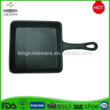 Poêle / poêle à frire en fonte noire chinoise carrée pré-assaisonnée
