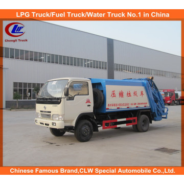 6 Wheeler Dongfeng 5cbm Compressed Caminhão de lixo, caminhão de compactador de lixo Mini