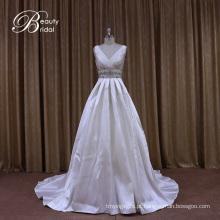 Vestido de casamento de Mikado com perolização prata
