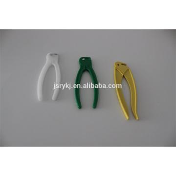Coupe-serre à cordon ombilical à usage unique