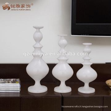 Nouveaux produits en résine chandeliers blancs porte-bâtons pour table de mariage