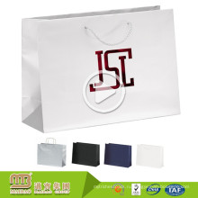 Оптовая Дешевой Цене Напечатанные Таможней Ходя По Магазинам Мешки Recyclable Упаковывая Бумажные Мешки Производителей В ОАЭ