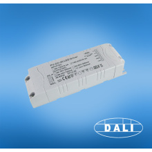 Motorista conduzido dimmable do triac de 30w 700ma