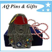 Medalha de Piratas do Caribe com Cordão