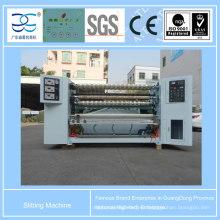 Máquina de rebobinado con cinta adhesiva