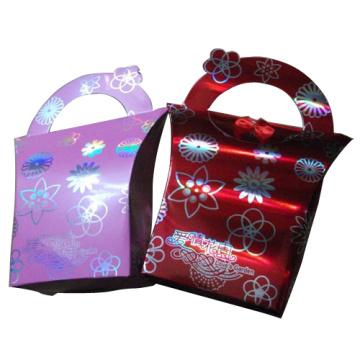 Бумажный мешок подарка с рисунком серебряной фольгой