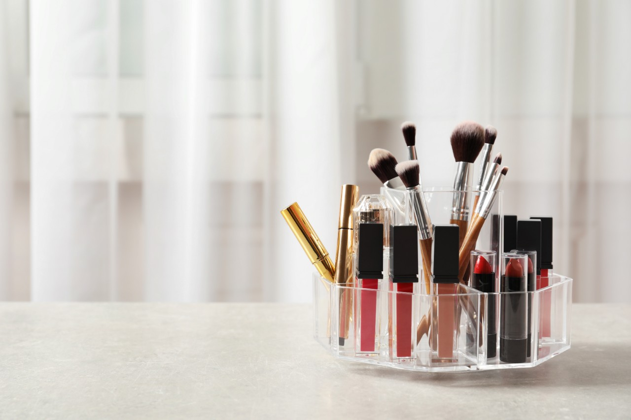 lip gloss organizer