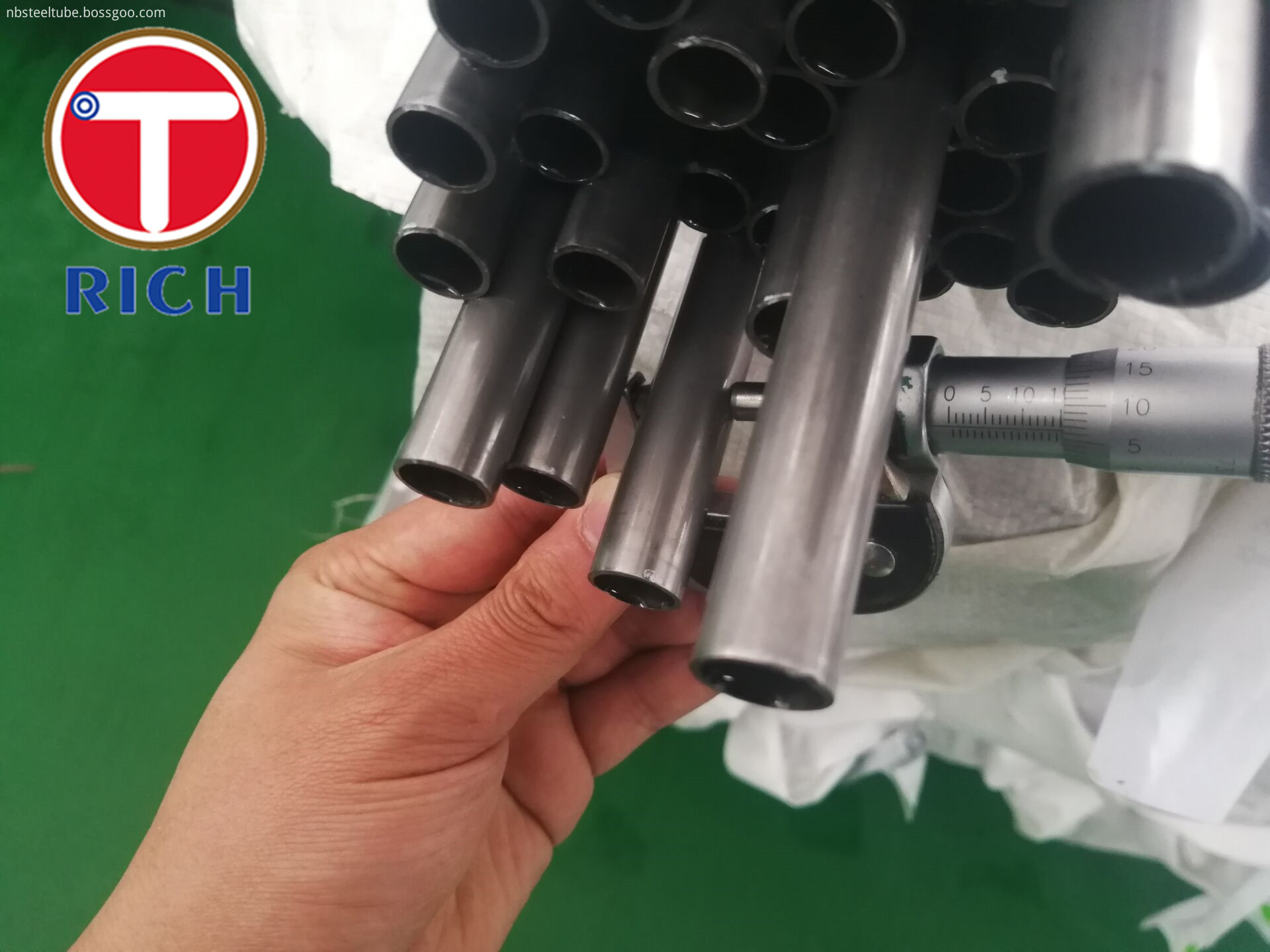 DIN2393 Precision CDW Carbon Gas Spring Steel Tube Material