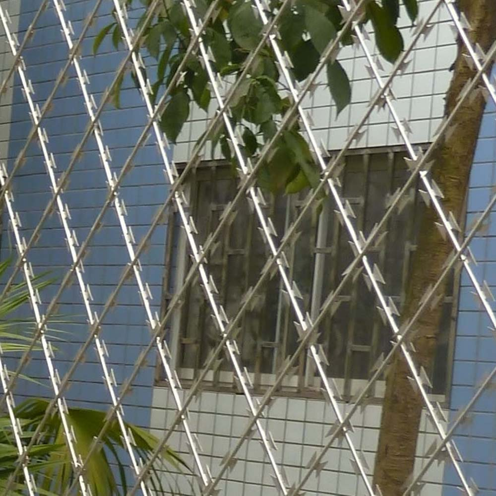 China Welded Razor Mesh Fence Manufacturers