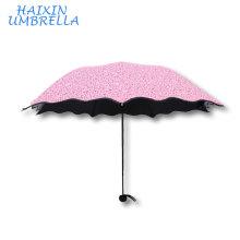 Top vente promotionnel cadeau créatif féminin 95% UV poche portable de protection 3 pli crayon Sahpe Super Mini parapluie pour fille