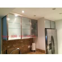 Portes d'armoires de cuisine en verre givré (personnalisées)