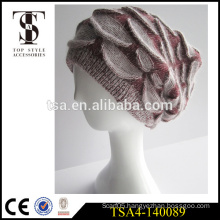 2016 hot selling fashion ladies nice winter hat custom patch winter beanies hat