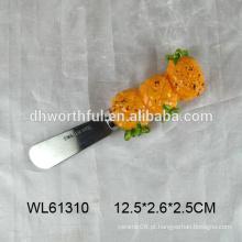 Faca de manteiga de cerâmica decorativa com forma de abacaxi para atacado