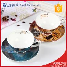 Diseño único Bellas Hueso China Porcelana personalizado de granel o demitasse Tazas de té y platillos al por mayor