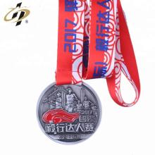 Logo de encargo antiguo de la astilla del metal 3D que funciona con las medallas