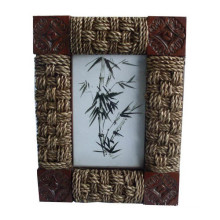 Rattan Weaved Photo Frame / Picture Frame as Wall Decoration