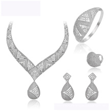 Set-157 XUPING venta caliente moda nuevo diseño de color Rodio joyas collar pendiente y anillo para las mujeres conjunto de joyas de boda