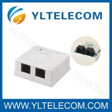Superficie de montaje caja con conectores Dual Port RJ45
