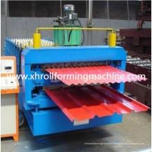 Petit pain de platelage en profilé métallique à double couche formant la machine