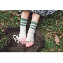 Хорошо выглядящие хлопчатобумажные носки для девочек с хлопчатобумажными носками из хлопка