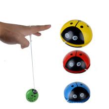 КТ бренд оптовая продажа пользовательские логотип дешевые лучшие китайские игрушки палец деревянные йо-йо