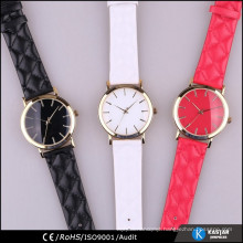 top fashion quilt strap quartz watch