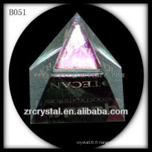 Pyramide de cristal K9