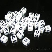 perles de silicone de qualité comestible de 10mm de qualité supérieure perles acryliques de lettre / perles d'alphabet