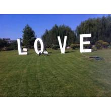 Signe d'amour de lettres décoratives en métal de mariage