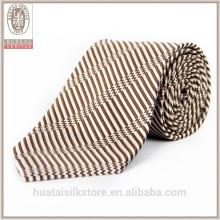 Atacado de alta qualidade de cores tecidas lã revestimiento laço de pescoço de seda