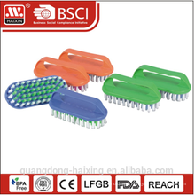 Popular plastic scrub brush w/handle