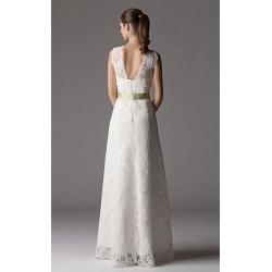 Vestido de novia de encaje con cuello en V y escote en V hasta la rodilla
