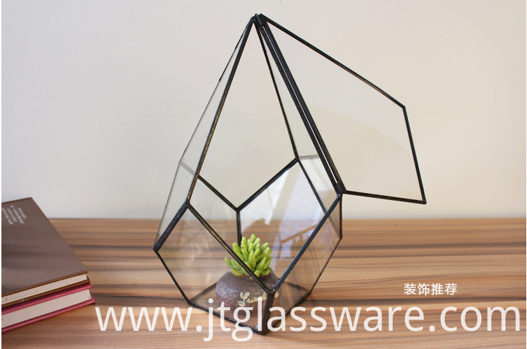 Square Glass Vase11
