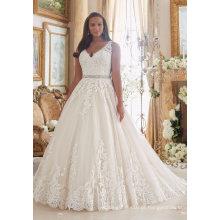 Uma linha de renda nupcial vestido de noiva vestido de baile de formatura