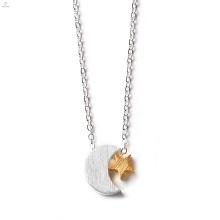 Frauen Edelstahl Charm Crescent Moon Halskette