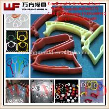 moule en plastique de poignée de brosse / OEM fait sur commande en plastique de poignée de brosse d'injection faisant la fabrication