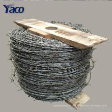 Preço galvanizado mergulhado quente da cerca do arame farpado de 1.6mm 1.7mm 1.8mm 2.0mm diâmetro do fio por o rolo