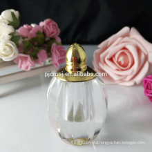 Small crystal perfume bottle for deflavour family preparedness