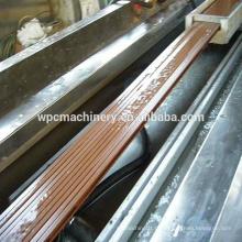 WPC Древесина (рисовая шелуха / солома / дерево) пластмассовый (PP / PE / PVC) композитный станок / машина WPC машина / wpc
