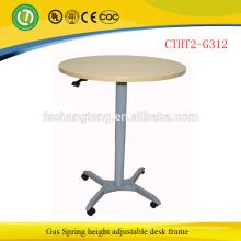 A mola de gás senta-se para estar a mesa de recepção de levantamento da mesa de recepção pelo projeto de forma
