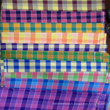 Tissu 100% teint en fil de polyester